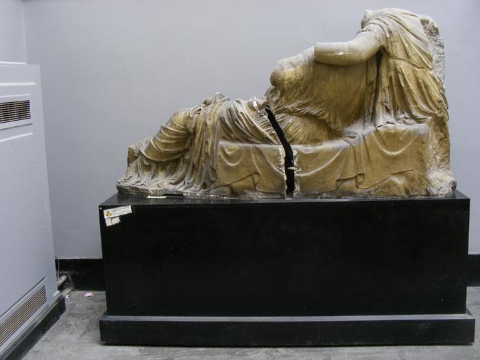 reclining goddess 03