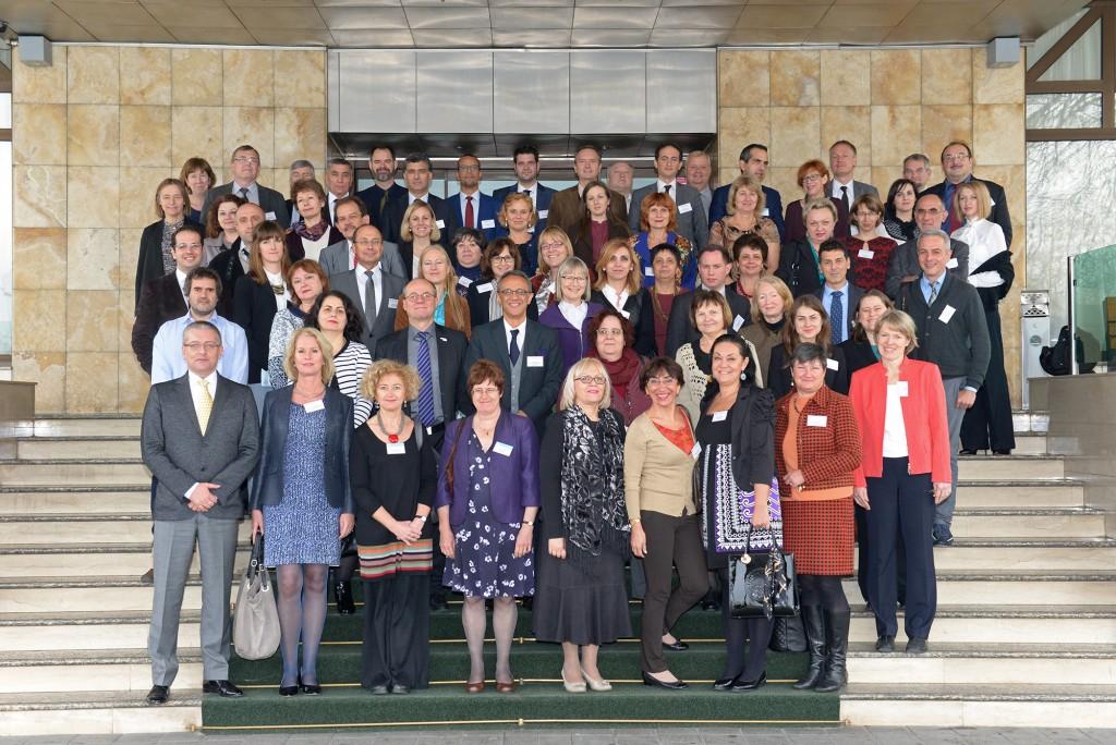 Image of delegates at W H O meeting